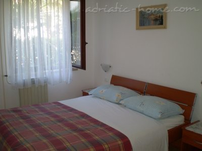 Apartments Villa Matić, Poreč, Croatia - photo 15