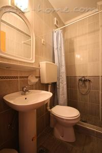 Studio apartment VILA SLAVICA II, Sveti Stefan, Montenegro - photo 4
