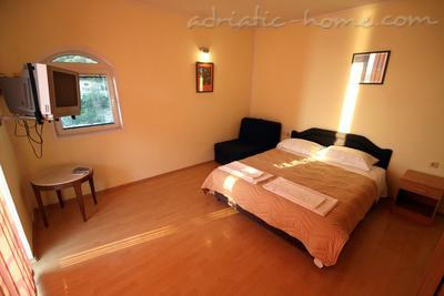 Studio apartment VILLA SLAVICA III, Sveti Stefan, Montenegro - photo 2