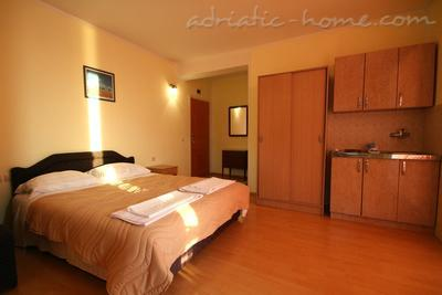 Studio apartment VILLA SLAVICA III, Sveti Stefan, Montenegro - photo 4
