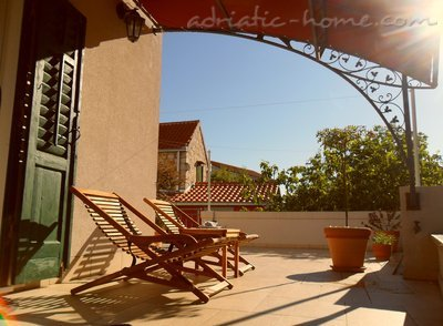 Studio apartment Gariful, Split, Croatia - photo 1