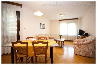 Apartments Rada, Krk, Croatia - photo 8