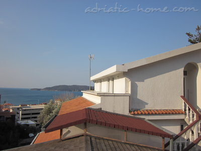 Apartments Popovic III, Bečići, Montenegro - photo 2