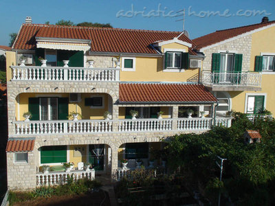 Rooms Milka S2, Vodice, Croatia - photo 7