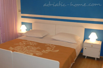 Rooms Milka S2, Vodice, Croatia - photo 1
