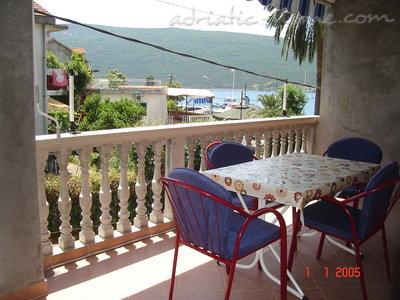 Studio apartment Sijerkovic, Herceg Novi, Montenegro - photo 3
