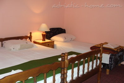Rooms SIJERKOVIĆ, Herceg Novi, Montenegro - photo 9