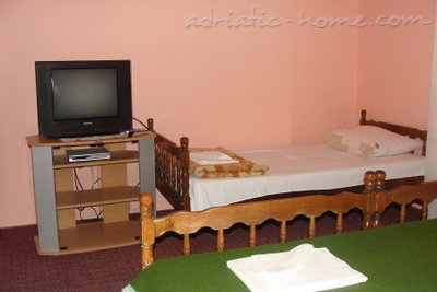 Rooms SIJERKOVIĆ, Herceg Novi, Montenegro - photo 10