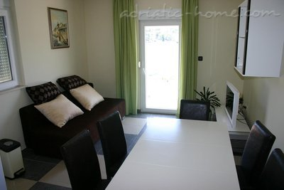 Apartments Villa Stegic, Tisno, Croatia - photo 5