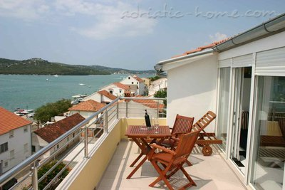 Apartments Villa Stegic, Tisno, Croatia - photo 6