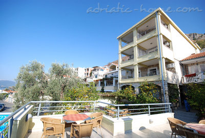 Apartments VILLA BMV ****, Sveti Stefan, Montenegro - photo 3