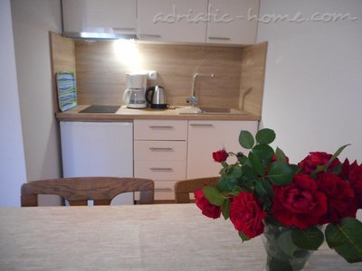 Apartments Vesna - A1-A2, Vodice, Croatia - photo 10