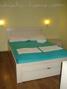 Apartments BOROZAN III, Herceg Novi, Montenegro - photo 4