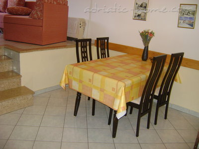 Apartments LORI 3, Poreč, Croatia - photo 4