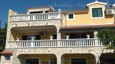 Apartments Milka A4+1, Vodice, Croatia - photo 13