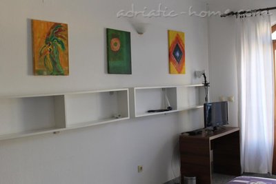 Studio apartment VILLA EKATERINA, Ulcinj, Montenegro - photo 4