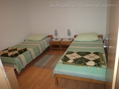 Apartments Ivan III, Brač, Croatia - photo 3
