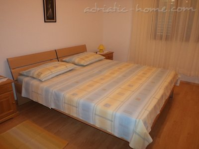 Apartments Ivan III, Brač, Croatia - photo 4