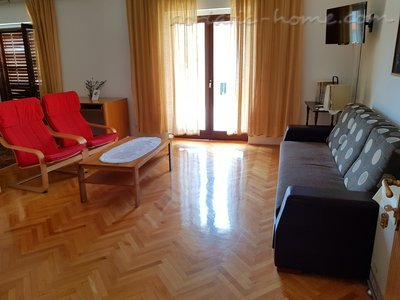 Apartments Mikulic-Lavanda, Makarska, Croatia - photo 3