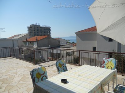 Apartments Mikulic-Lavanda, Makarska, Croatia - photo 1
