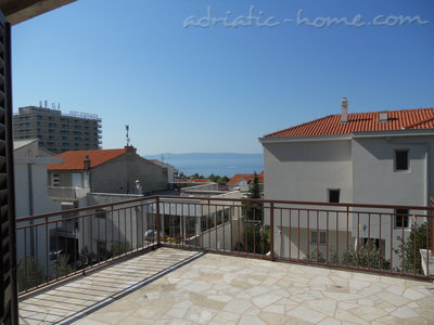 Apartments Mikulic-Lavanda, Makarska, Croatia - photo 8