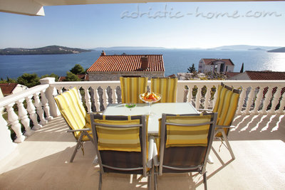 Apartments DUPLEX PETRIC  ****, Trogir, Croatia - photo 2