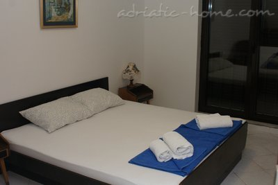 Apartments MINJA, Petrovac, Montenegro - photo 3