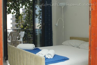 Apartments MINJA, Petrovac, Montenegro - photo 4