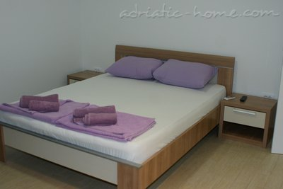 Studio apartment MINJA III, Petrovac, Montenegro - photo 2