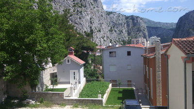 Apartments  LOVRE OKMAŽIĆ - A1, Omiš, Croatia - photo 8