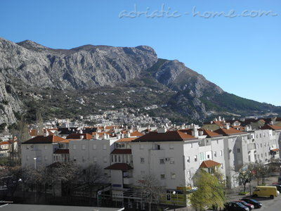 Apartments  LOVRE OKMAŽIĆ - A1, Omiš, Croatia - photo 7