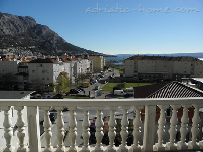 Apartments LOVRE OKMAŽIĆ - A2, Omiš, Croatia - photo 5