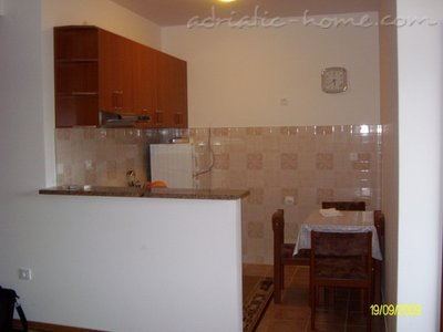 Apartments RADA II, Herceg Novi, Montenegro - photo 5