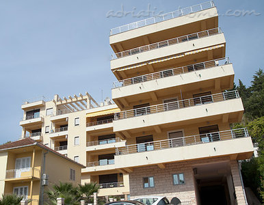 Apartments RADA II, Herceg Novi, Montenegro - photo 2