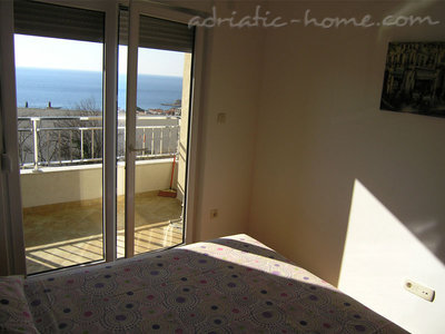 Apartments RAKOCEVIC II, Petrovac, Montenegro - photo 10