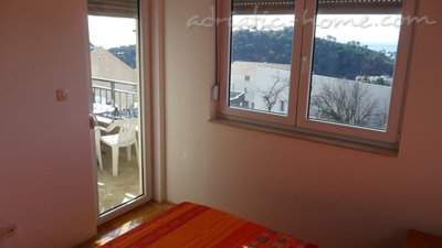 Apartments RAKOCEVIC V, Petrovac, Montenegro - photo 8