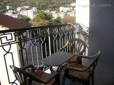 Studio apartment in center of Petrovac, Petrovac, Montenegro - photo 7