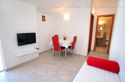 Apartments Sun, Trogir, Croatia - photo 5