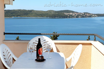 Apartments Sunset, Trogir, Croatia - photo 3