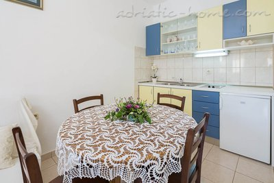 Appartamenti Bili Osibova Milna - Apartment No. 5, Brač, Croazia - foto 3