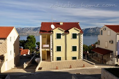 Apartments Karlena, Brač, Croatia - photo 3