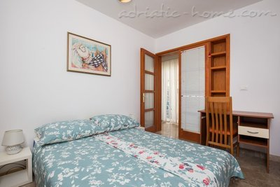 Apartments THANKS DB - na Lapadu, Dubrovnik, Croatia - photo 2