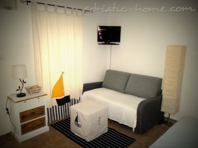 Studio apartment MARIJANA, Brela, Croatia - photo 2
