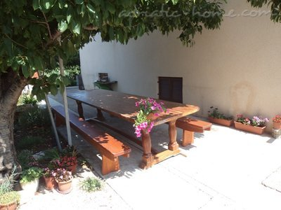 Studio apartment Gabrijela III, Murter, Croatia - photo 4