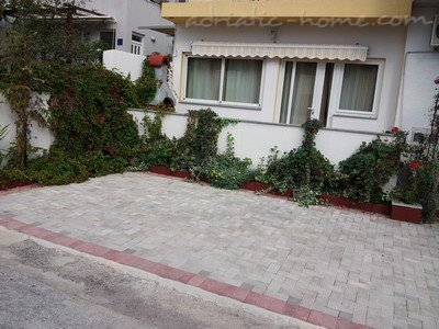 Apartments GREEN EXLUSIVE, Makarska, Croatia - photo 2
