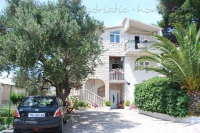 Apartments MASLINA, Makarska, Croatia - photo 1