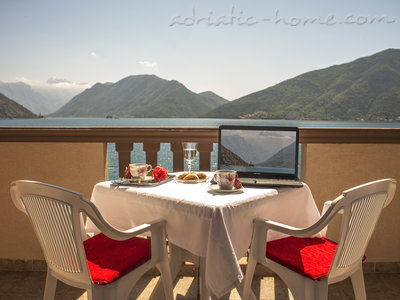 Studio apartment STELLA DEL MARE, Risan, Montenegro - photo 6