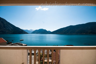 Studio apartment STELLA DEL MARE, Risan, Montenegro - photo 2