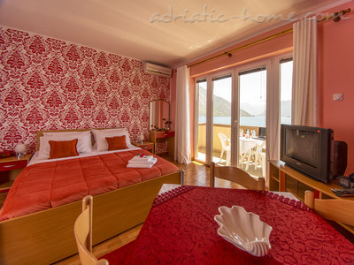 Studio apartment STELLA DEL MARE, Risan, Montenegro - photo 4