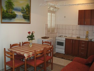 Apartments VEGA 1, Herceg Novi, Montenegro - photo 2